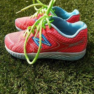 Girls' New Balance Fresh Foam sneakers